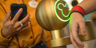 disney-magic-band-010713
