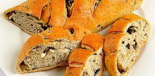 Recipe for delicious olive bread