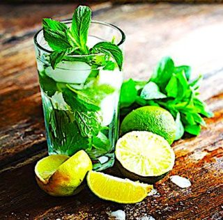 Celebrity Shares Popular Mojito Recipe